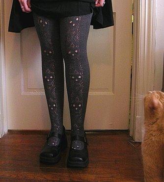 Skull Lace Stockings Free Knitting Pattern