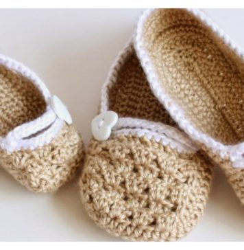 Matching Slippers Free Crochet Pattern For Mommy and Daughter