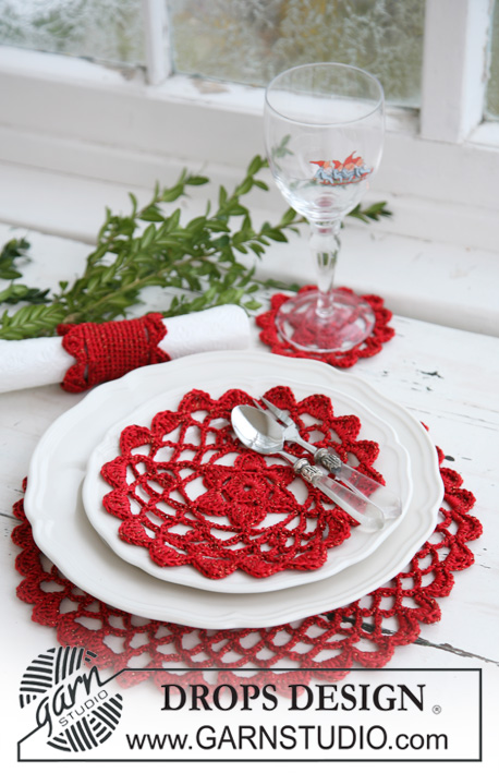 Christmas Table Mats and Serviette Ring Free Crochet Pattern