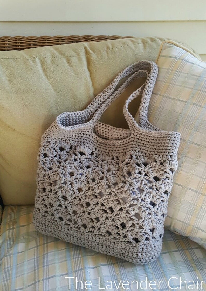 V Stitch Daisy Fields Market Tote Free Crochet Pattern