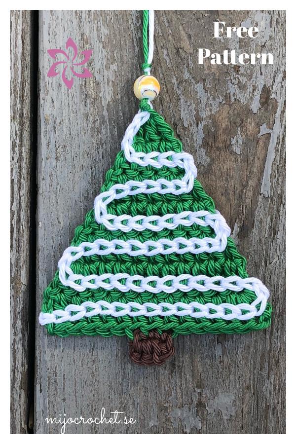 Lil' Xmas Tree Ornament Free Crochet Pattern