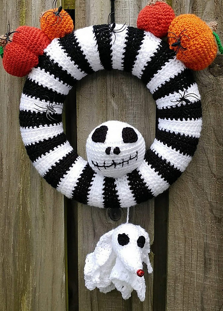 Nightmare Before Christmas Style Wreath Crochet Pattern