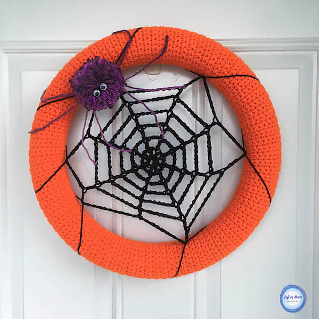 Spider Web Halloween Wreath Free Crochet Pattern