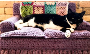 Kitty Cat Couch Free Crochet Pattern